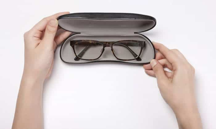 5cfa53c087ba 10 Best Glasses Cases Reviewed and Rated in 2019