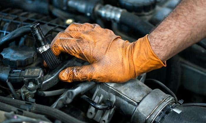 best-nitrile-gloves-for-mechanics