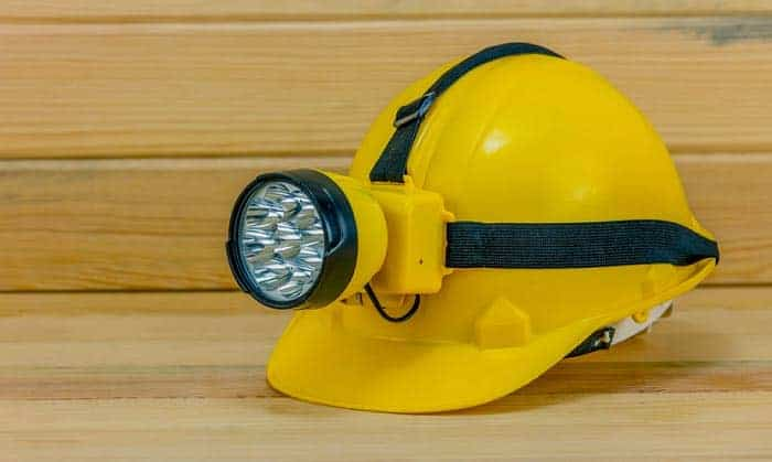 hard-hat-with-light-built-in