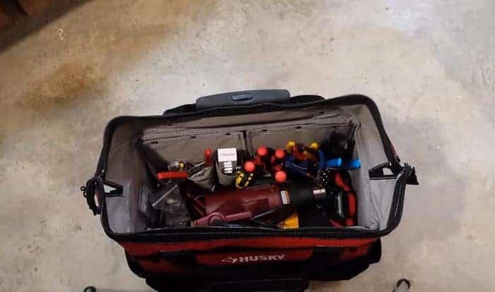 heavy-duty-rolling-tool-bag