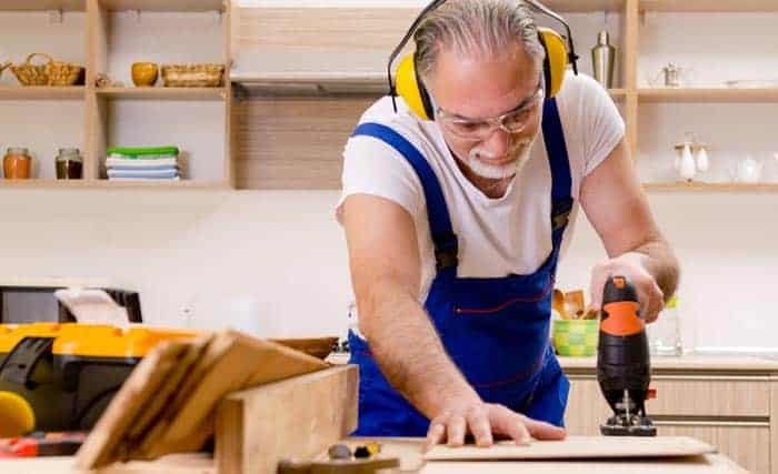 woodworking-noise-cancelling-headphones
