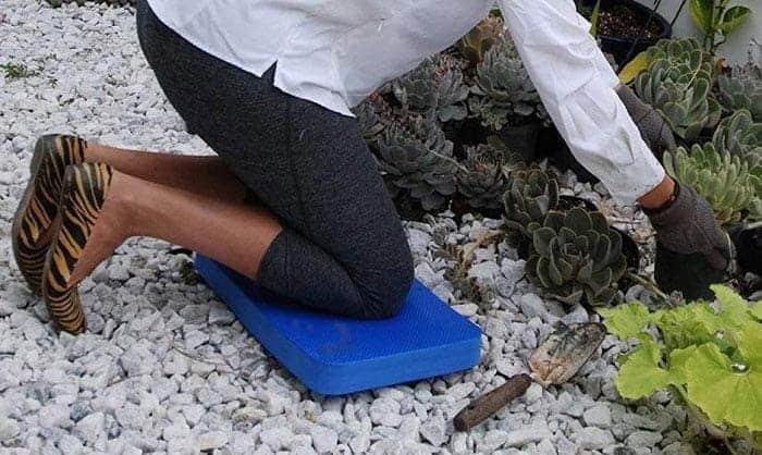 garden knee pads with handles