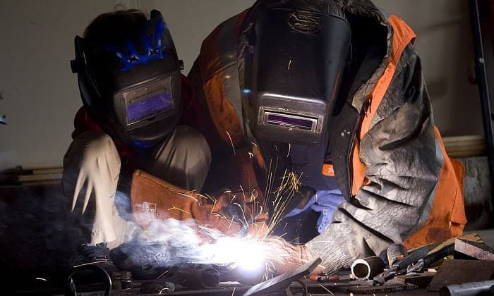 best-welding-helmet-for-beginners