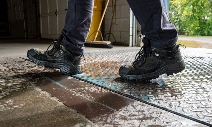 best shoes for warehouse work