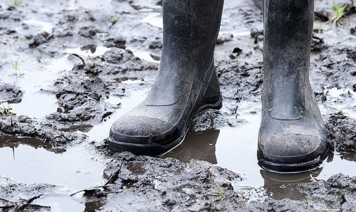 rubber-mud-boots