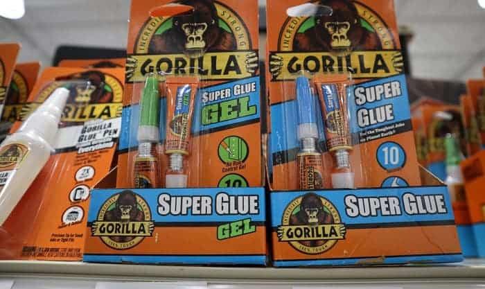 how to get gorilla glue off glasses