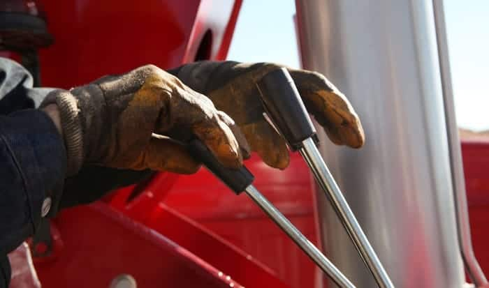 clean-mechanix-gloves