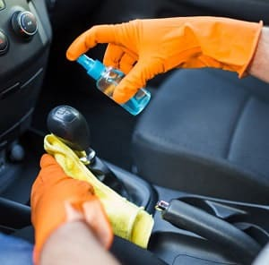 clean-work-gloves