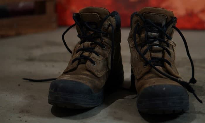 foot-problems-from-steel-toe-shoes