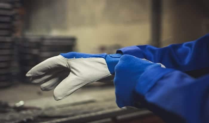 how to waterproof leather gloves