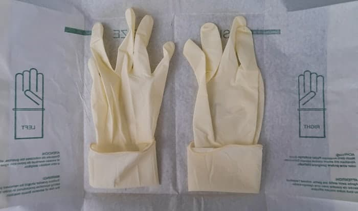 latex-gloves-made-of