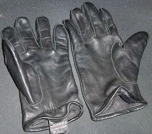 leather-glove-treatment