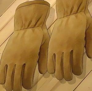 make-leather-gloves-smaller
